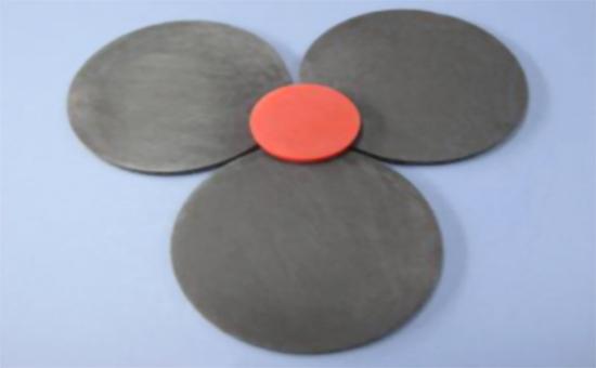 丁晴橡胶掺用胎面再生胶生产导电制品