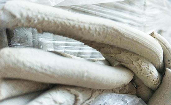 """""""土法""""判断乳胶再生胶产品质量"""