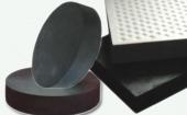 本地客户使用黑色复合天然胶生产橡胶桥梁支座