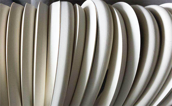 Reinforcing filler in natural rubber products