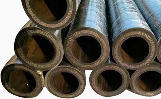 Applicable formula for mixing tire reclaimed rubber in drainage hose