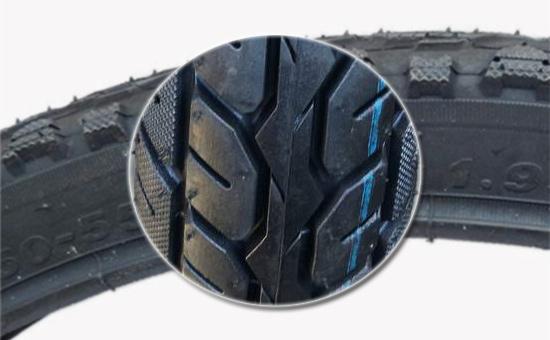 含再生胶的自行车胎面胶添加聚乙烯的方法