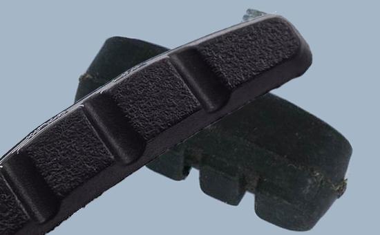 胎面再生胶在自行车杂品中的应用方式与用量
