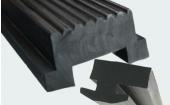 三种常用橡胶油在EPDM实心胶条中的应用特点