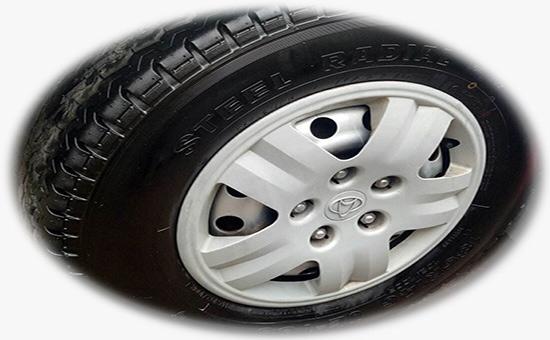 少量掺用轮胎再生胶的轻型轮胎胎面参考配方