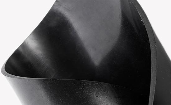 耐磨橡胶板使用乳胶再生胶降低成本的技巧