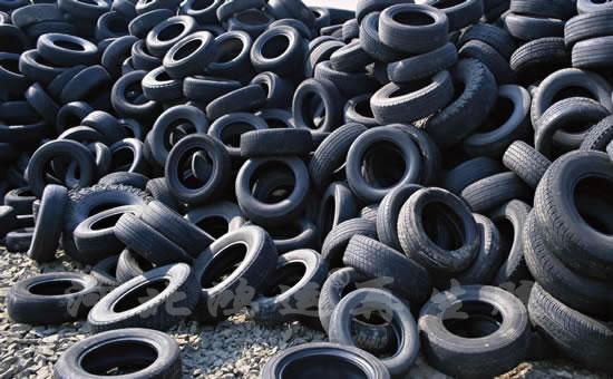 废旧轮胎原料场
