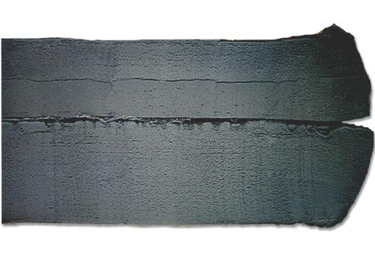 轮胎胎顶再生胶切面